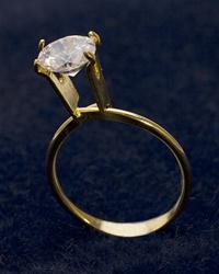 Display Ring Gold Large